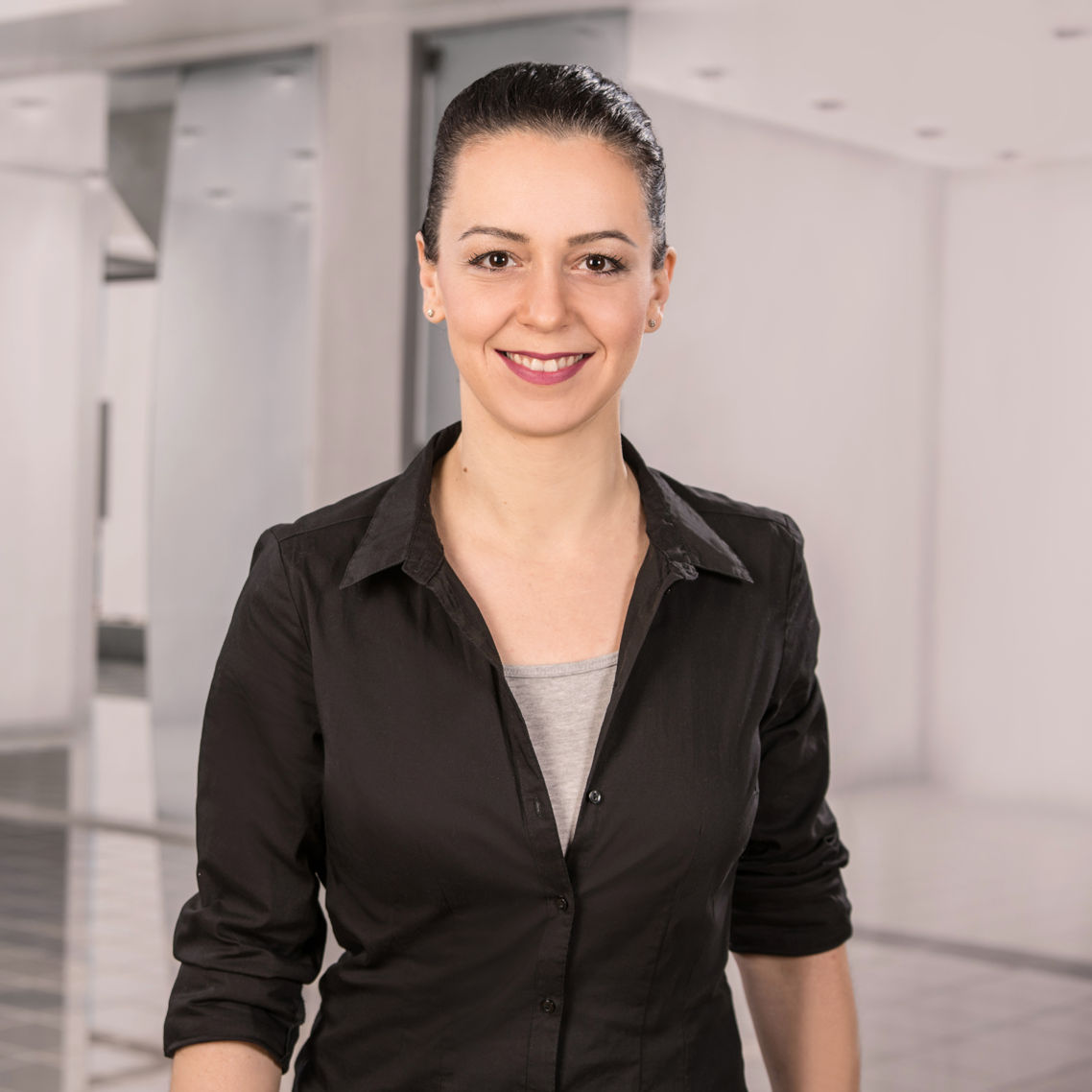 Sonja Bock - Geschäftsleitung - Heintzmann Maschinen- und Werkzeugbau GmbH